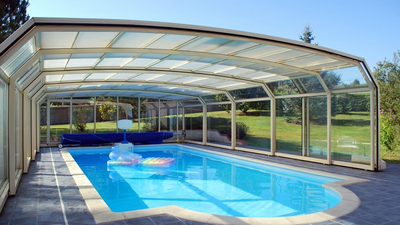 L'abri de piscine, un indispensable pour sécuriser votre piscine