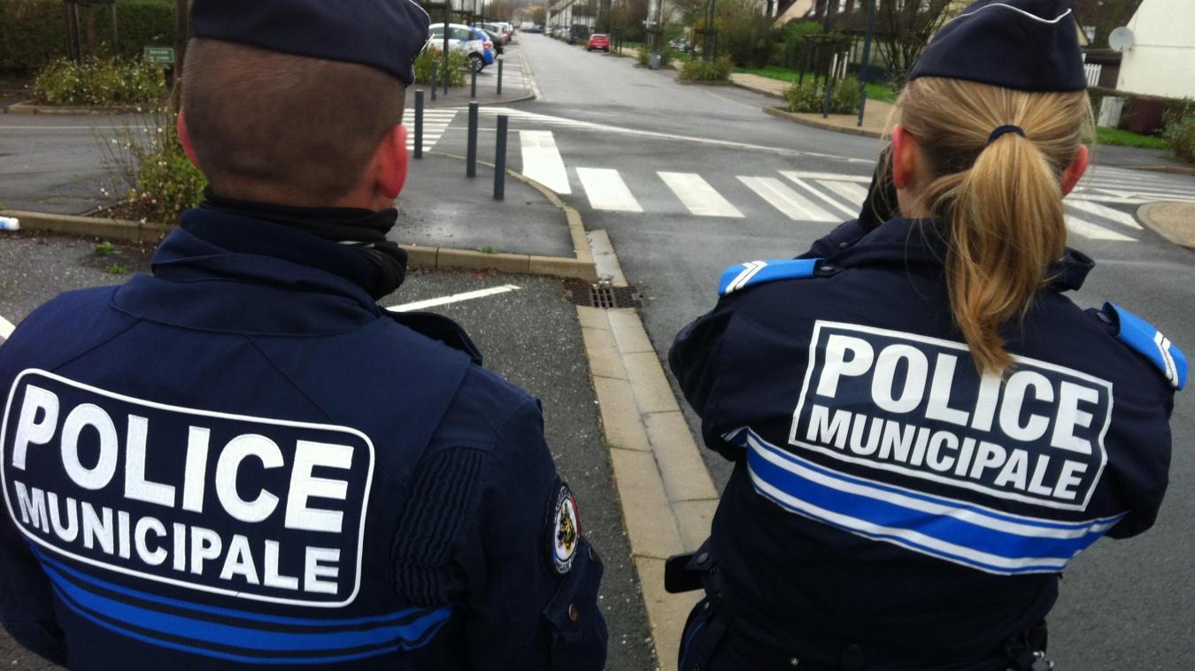 Béthune : ils prennent un sens interdit et tombent sur la voiture de la police municipale