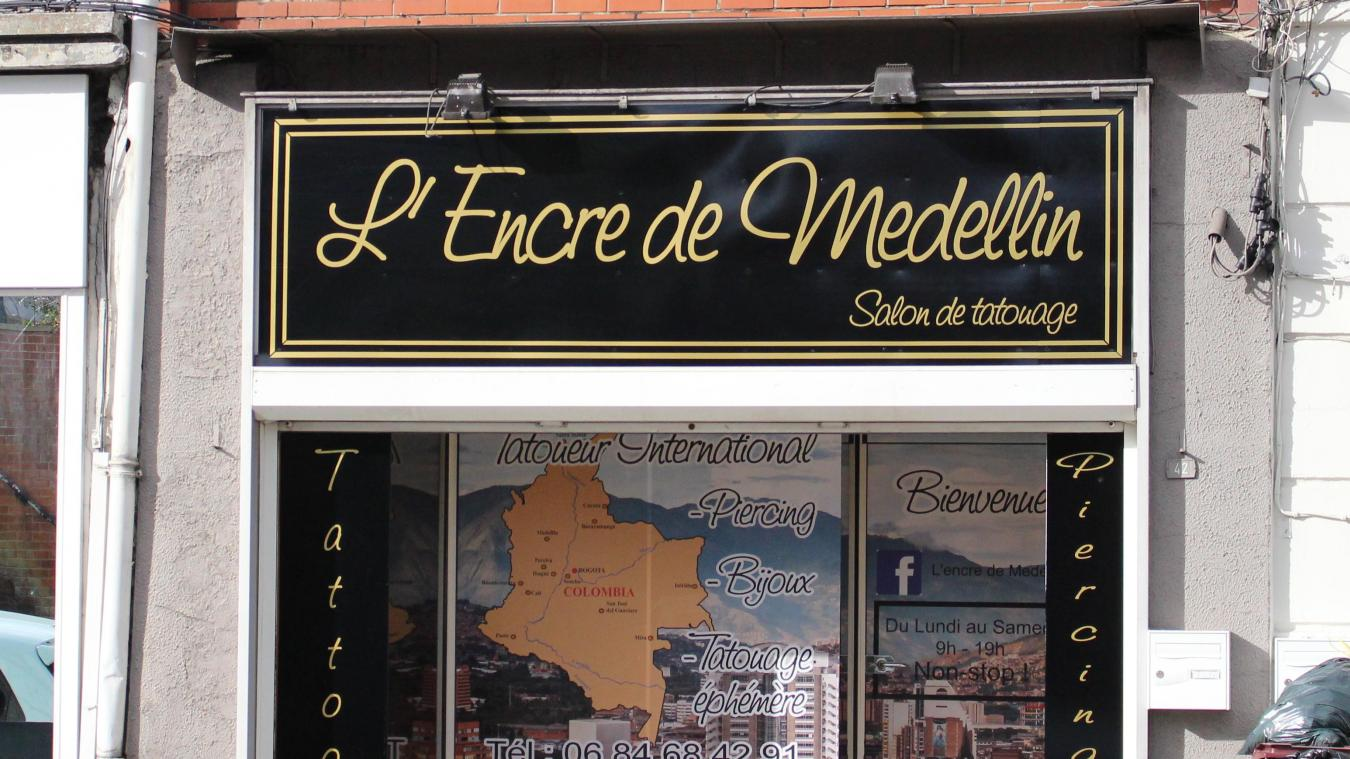 Commerce Bruay La Buissiere Un Salon De Tatouage Ou Les Tatoueurs