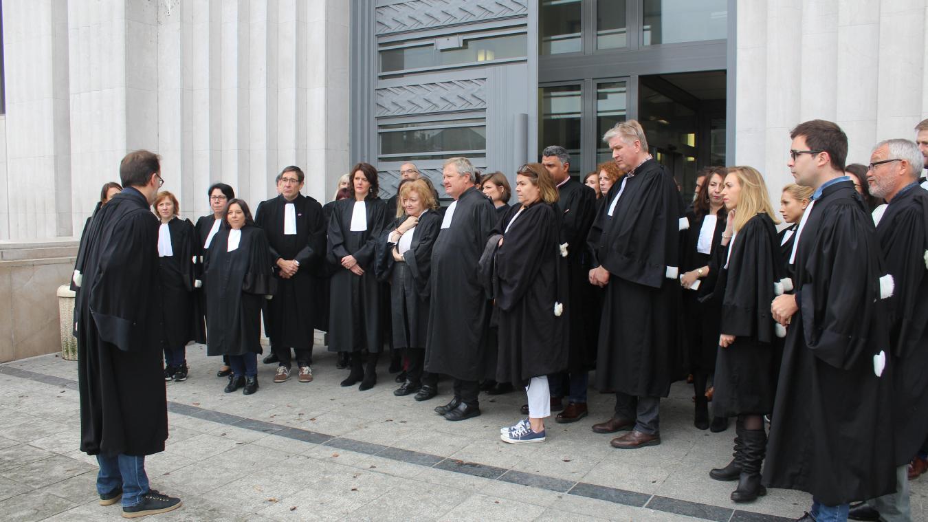 Béthune: les avocats se mettent en grève
