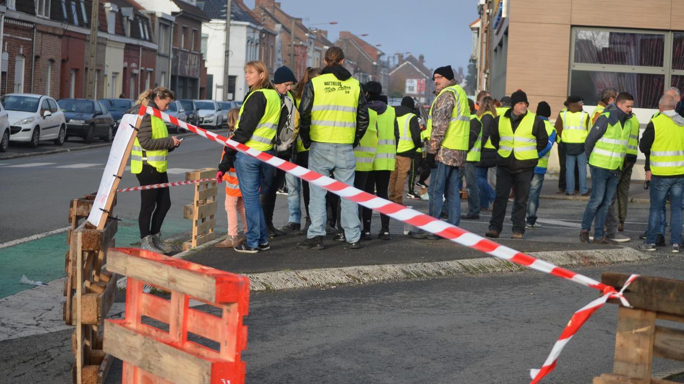 Hazebrouck: deux gilets jaunes blessés légèrement rue de Merville