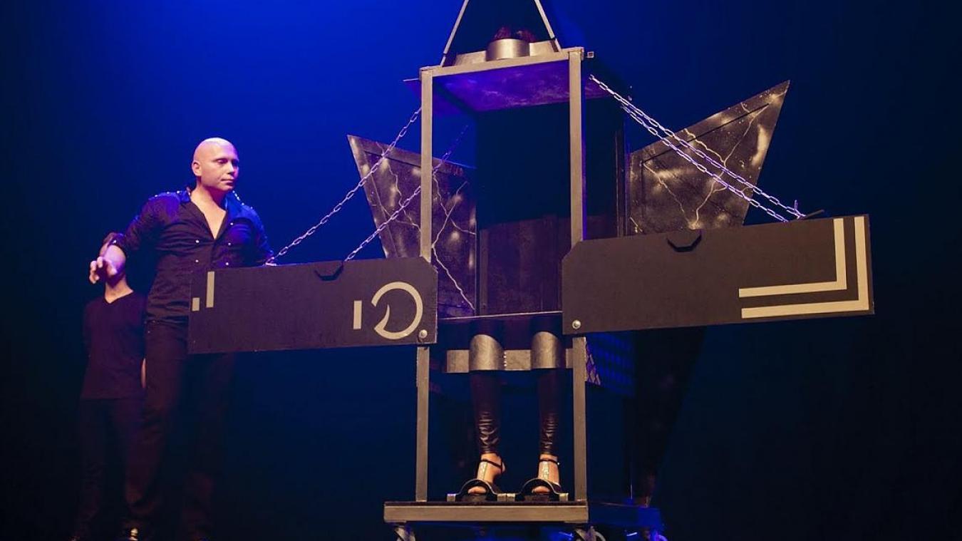 Isabelle et Arnaud Penin vous proposeront deux heures de magie lors d'un spectacle accessible dès 3 ans.