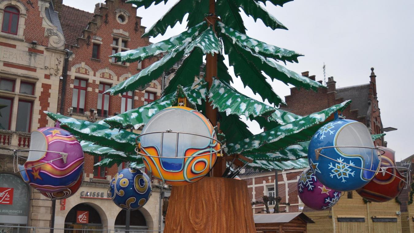 L'attraction Sapin de Noël fait son retour.