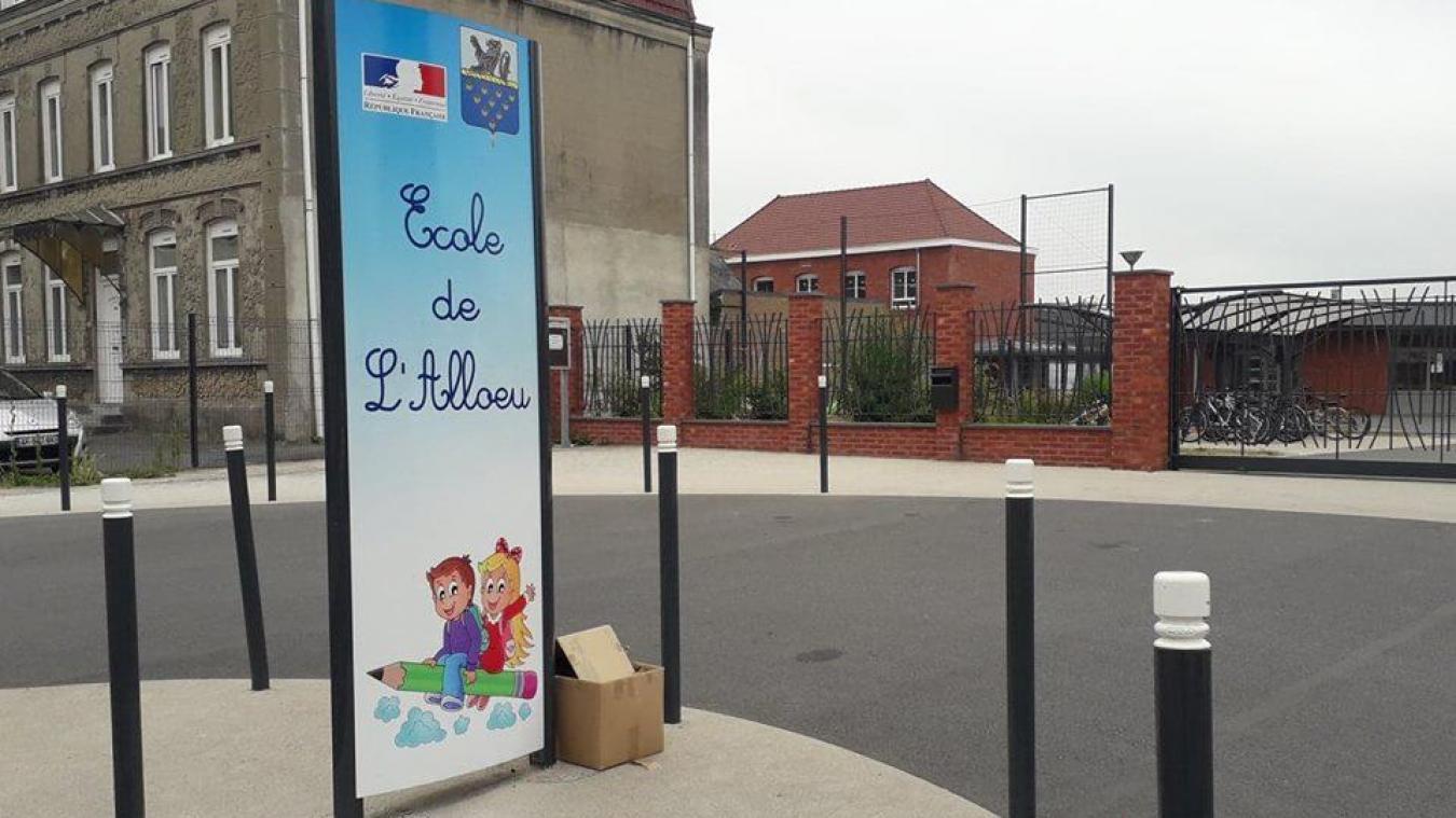 L'ancien directeur de l'école de l'Allœu à La Gorgue a été condamné pour harcèlement sexuel mercredi 16 janvier. Il ne dirige plus l'école depuis la mi-mai et son placement sous contrôle judiciaire.