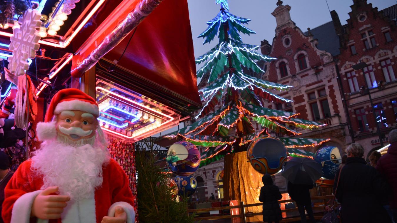 Béthune: la Grand'Place se pare de ses plus belles lumières