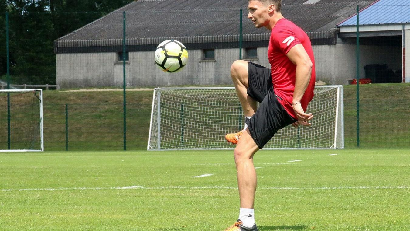 Le défenseur Édouard Daillet a terminé le match face à Rodez avec une douleur.