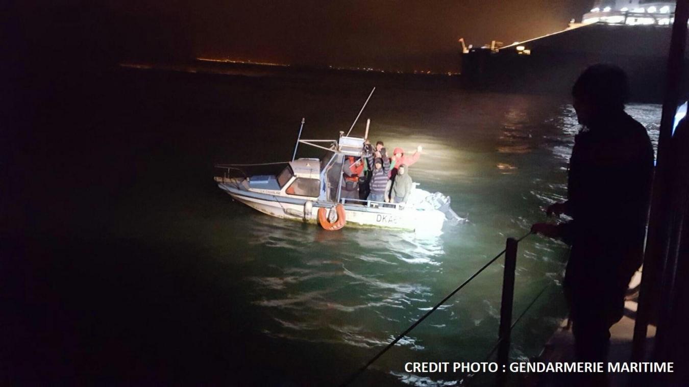 Deux embarcations de migrants interceptées au large