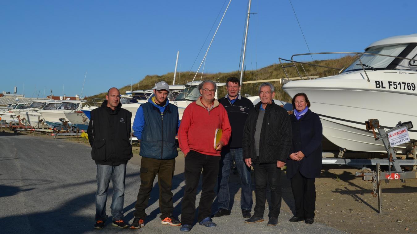 Autour du président Jacques Bernard, une équipe motivée et toujours présente. Le club Nautique Stellien a développé aussi d'autres activités comme le paddle ou encore des sorties pêche en mer.