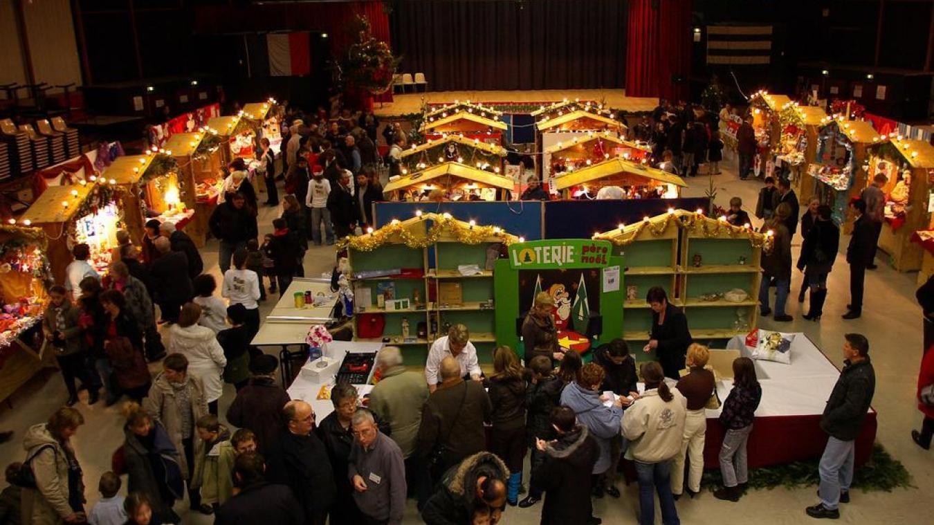 Chaque année depuis 2006, les bénéfices du marché sont reversés à des associations caritatives.