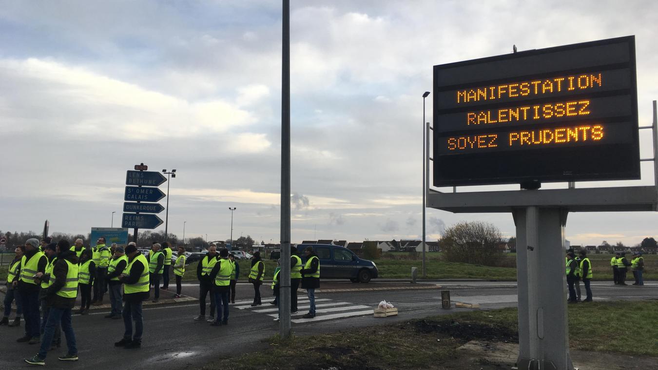 L'accès à l'A26 depuis Lillers est fermé depuis 8h30 ce matin.