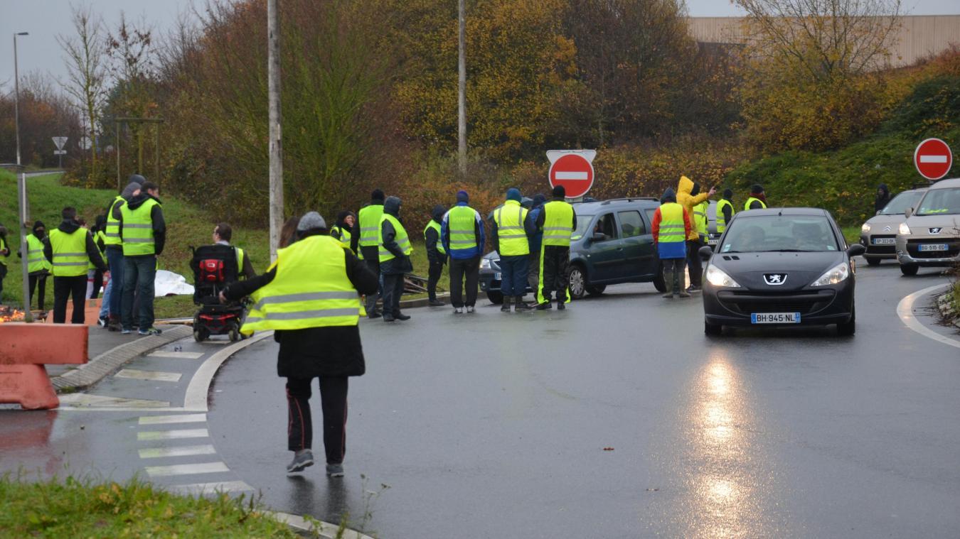 Boulonnais Les Gilets Jaunes Mobilisés Au Niveau Des Ronds