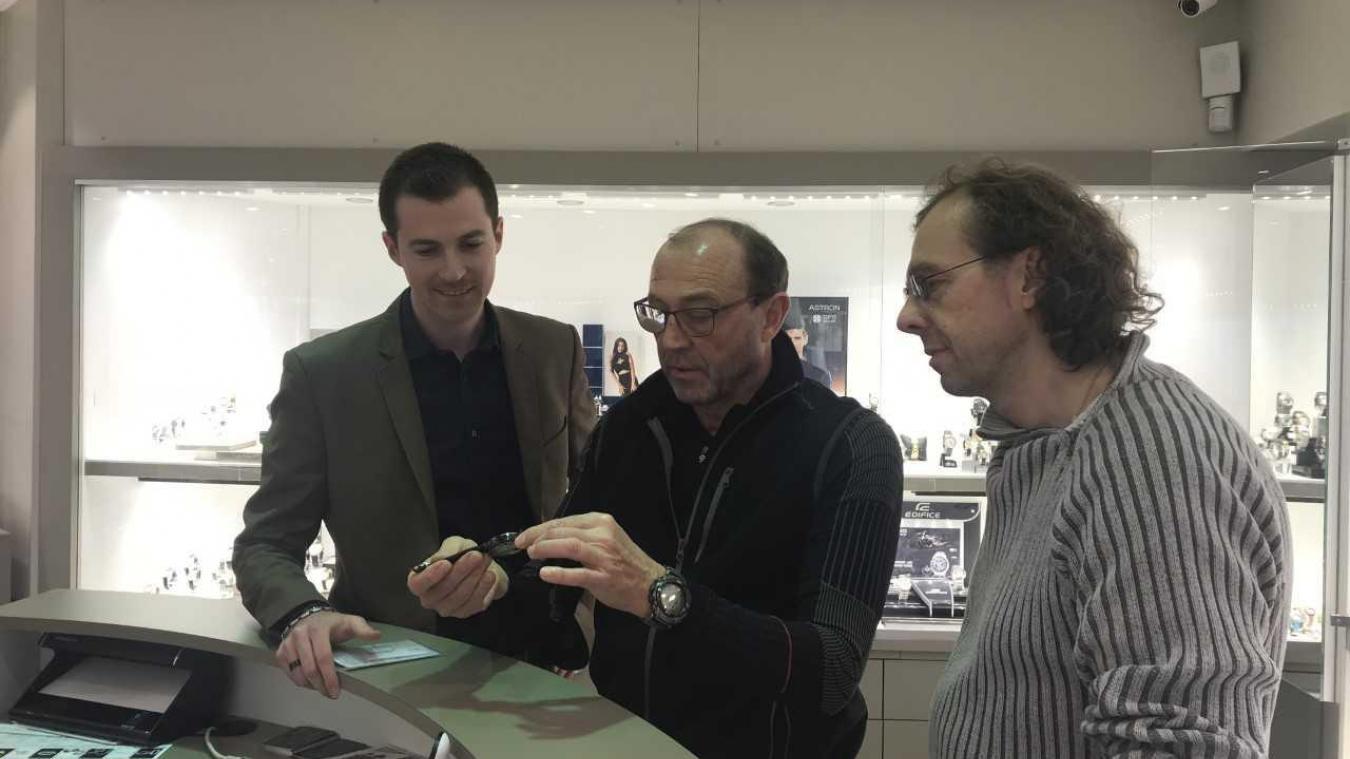 Pierre, Didier et Thierry Carlier œuvrent ensemble à la bijouterie.