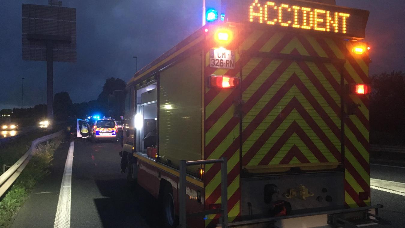 Sur place, les 13 sapeurs-pompiers déployés ont pris en charge trois victimes qui ont été transportées au Centre hospitalier de Dunkerque. (Illustration)