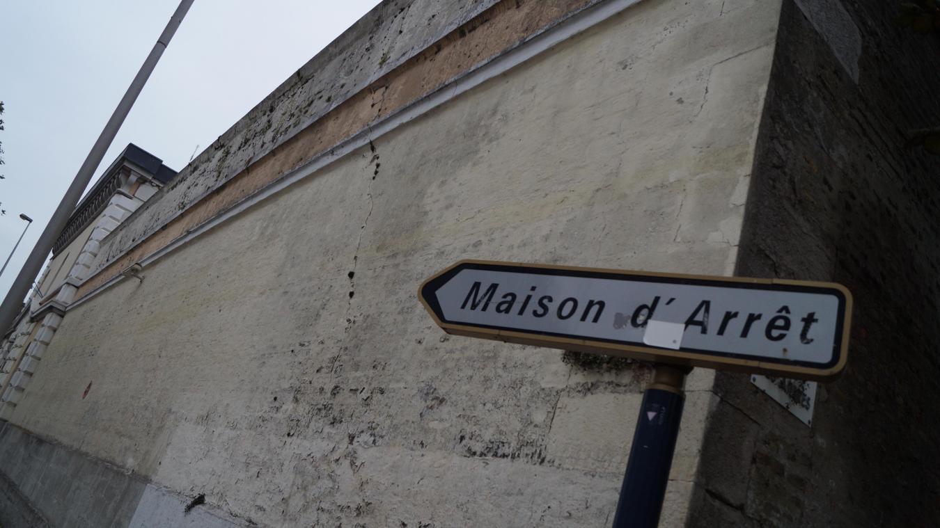 Direction la prison pour l'un des deux frères Kobon qui comparaissait, vendredi soir, en comparution immédiate au tribunal de Dunkerque.