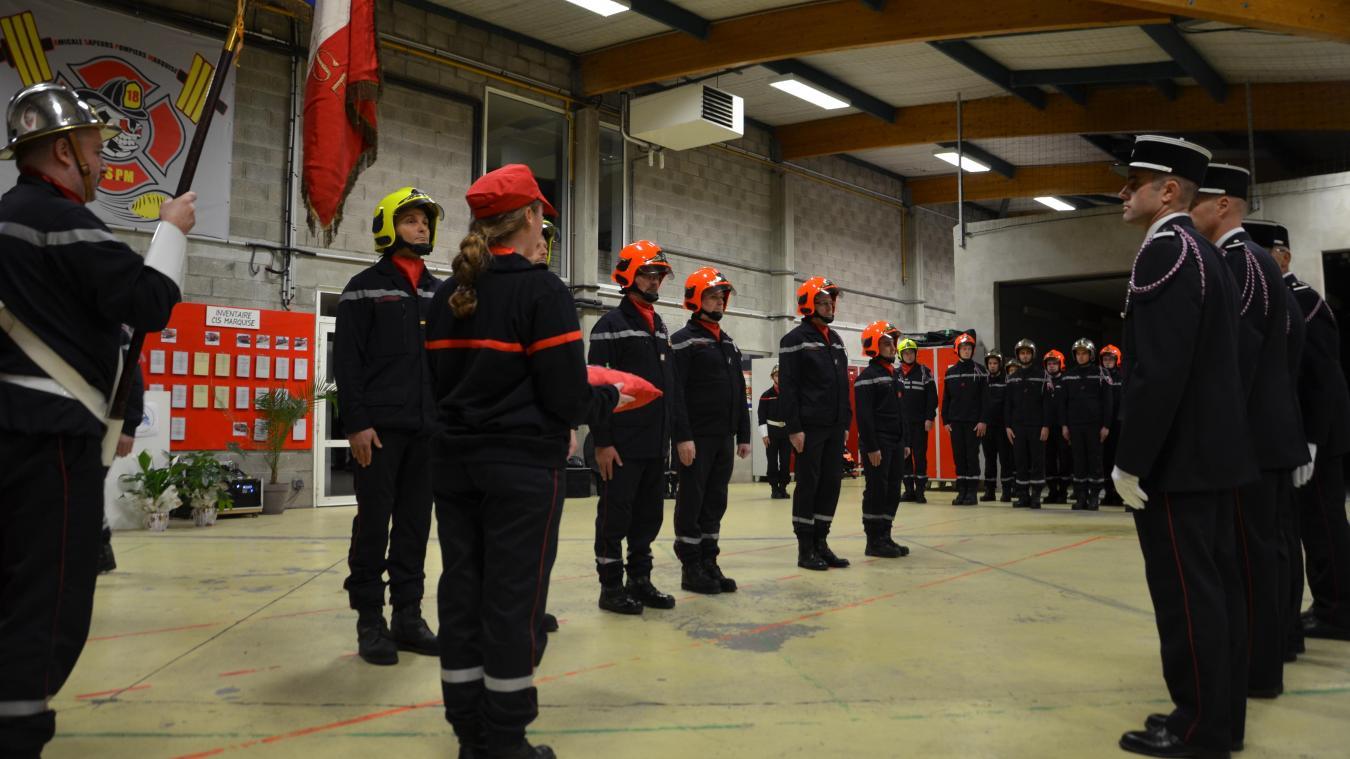 Près d'une quinzaine de sapeurs-pompiers de Marquise ont connu une montée en grade et ont été décorés lors de cérémonie de la Sainte-Barbe.