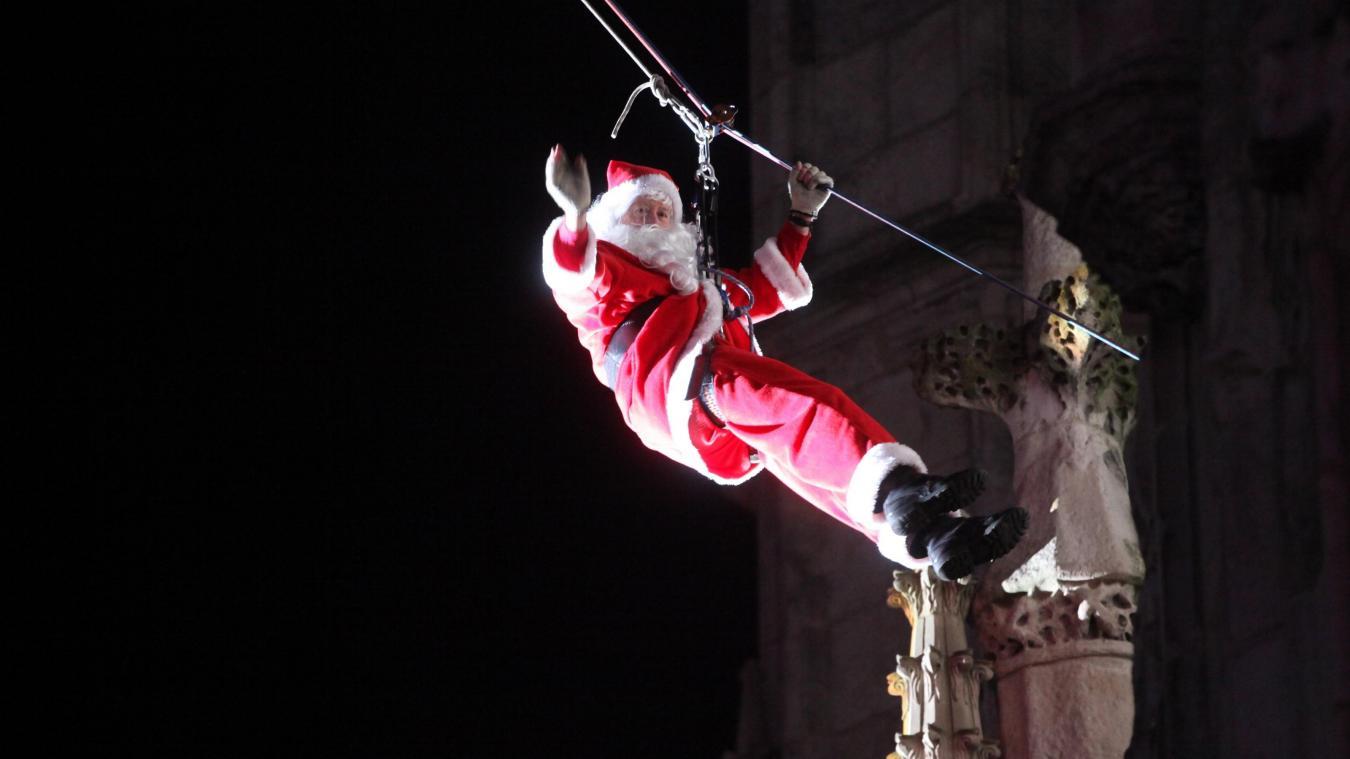 La descente du Père Noël est reportée à cause de la météo