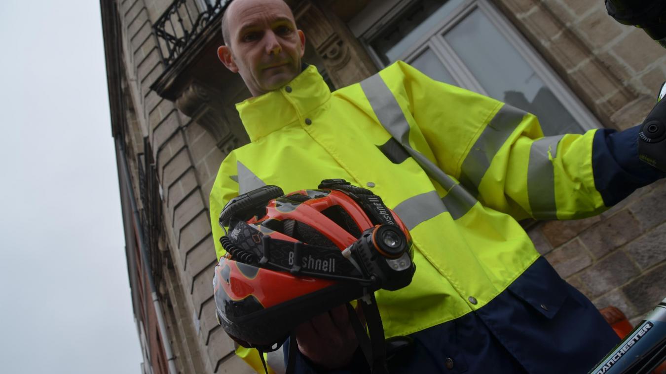 Jean-Christophe n'utilise plus de voiture. Au sein du foyer, sa femme a choisi de conserver son véhicule. Mais cet habitant d'Héninel s'imaginerait bien partir en virée sur la Côté d'Opale en train, puis à vélo.