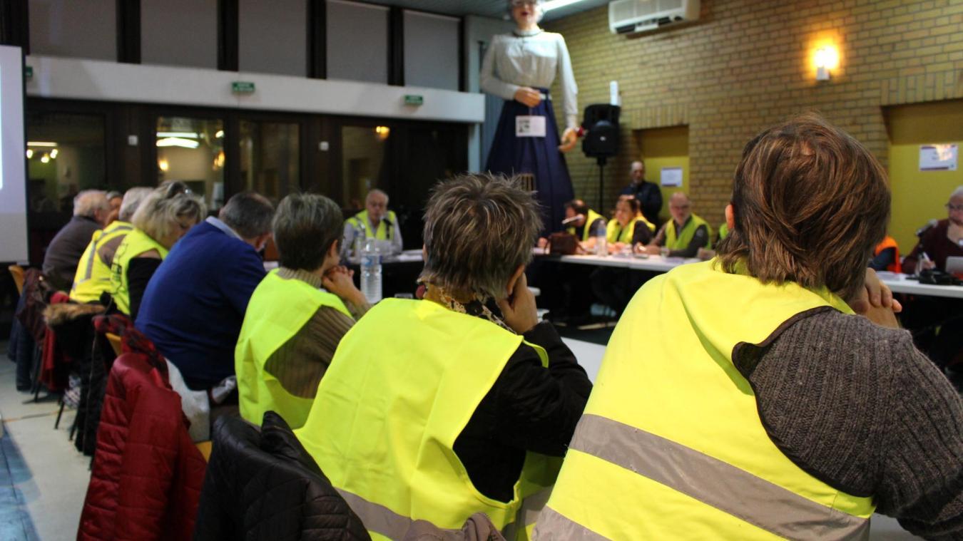 Divion : Les élus du conseil municipal portent le gilet jaune