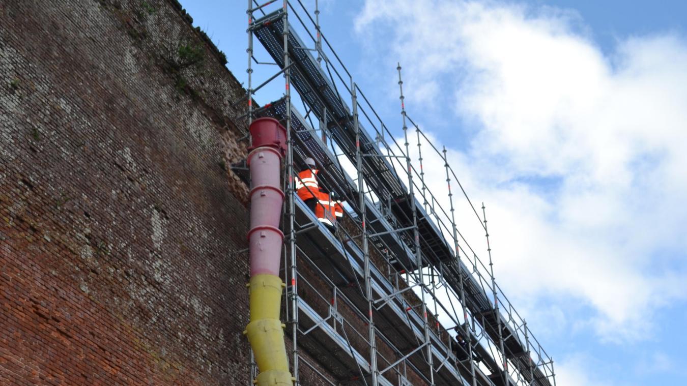 Montreuil : 12 postes à pourvoir pour la restauration des remparts