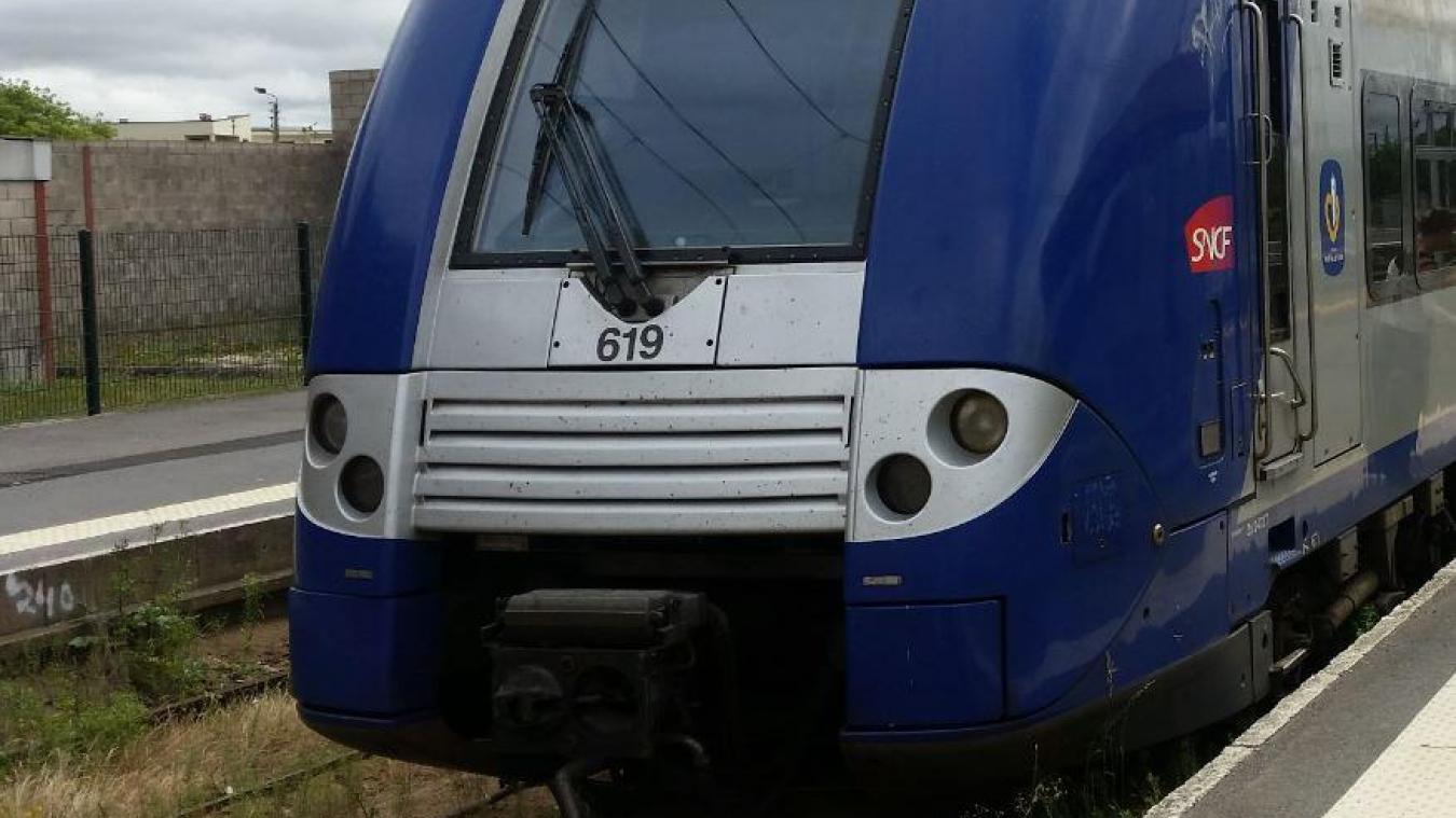 Le train était sur la ligne Saint-Pol vers Béthune.