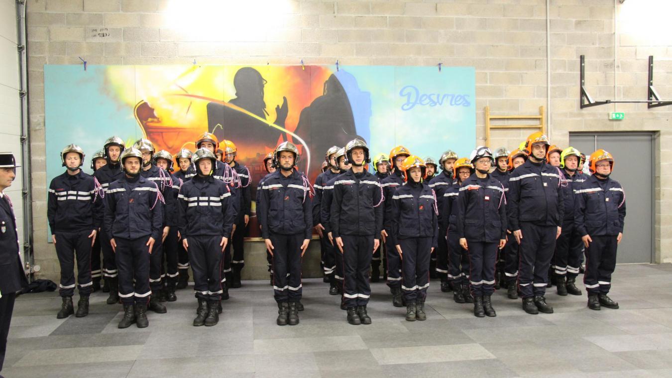 L'effectif du centre d'incendie et de secours de Desvres est de 90 pompiers.