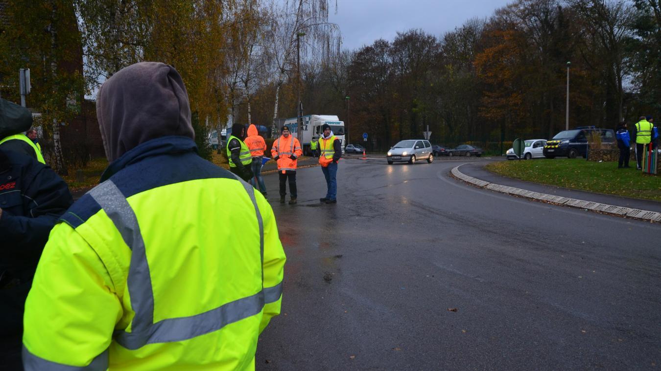 À Arras, un gilet jaune fouillé par la police devant la permanence de la députée avec qui il avait rendez-vous