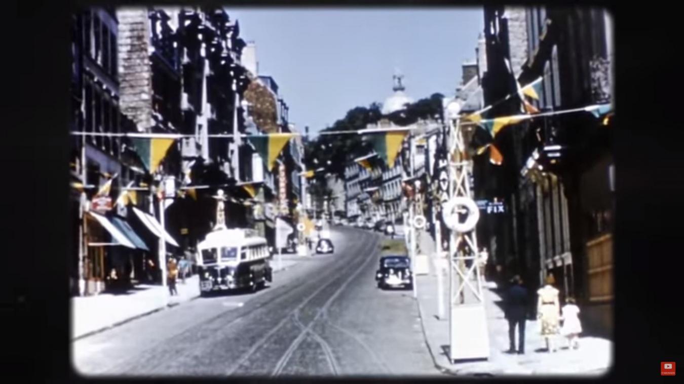 La Grande rue pavoisée sous le soleil, dans l'objectif d'un Lillois amoureux de Boulogne.