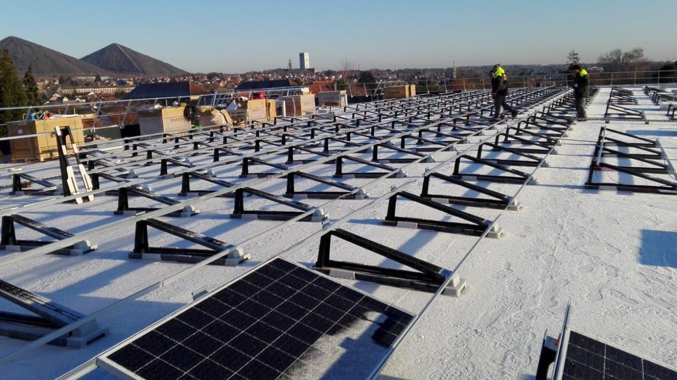 Liévin: avec 350 panneaux photovoltaïques, le retour en force du hardiscounter Aldi (photos)