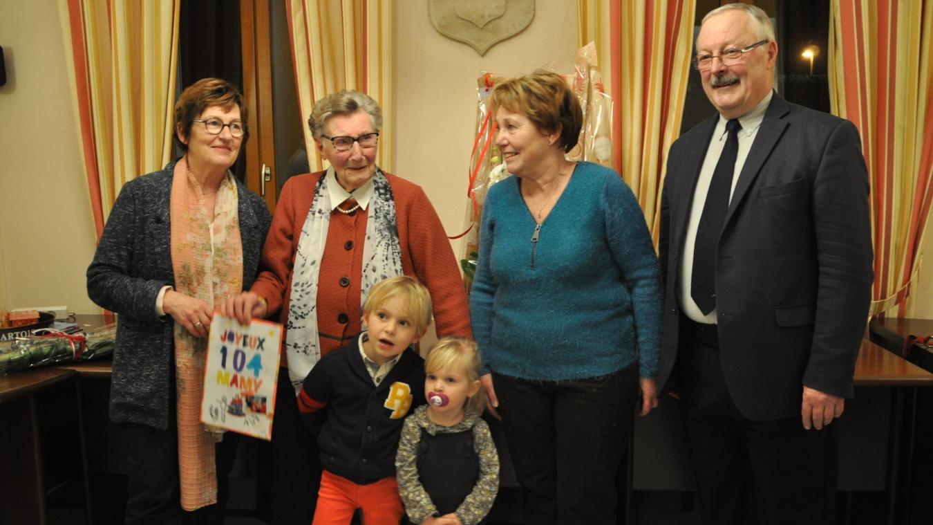 Blanche Ducoin a fêté son anniversaire avec sa famille et les élus de la commune.