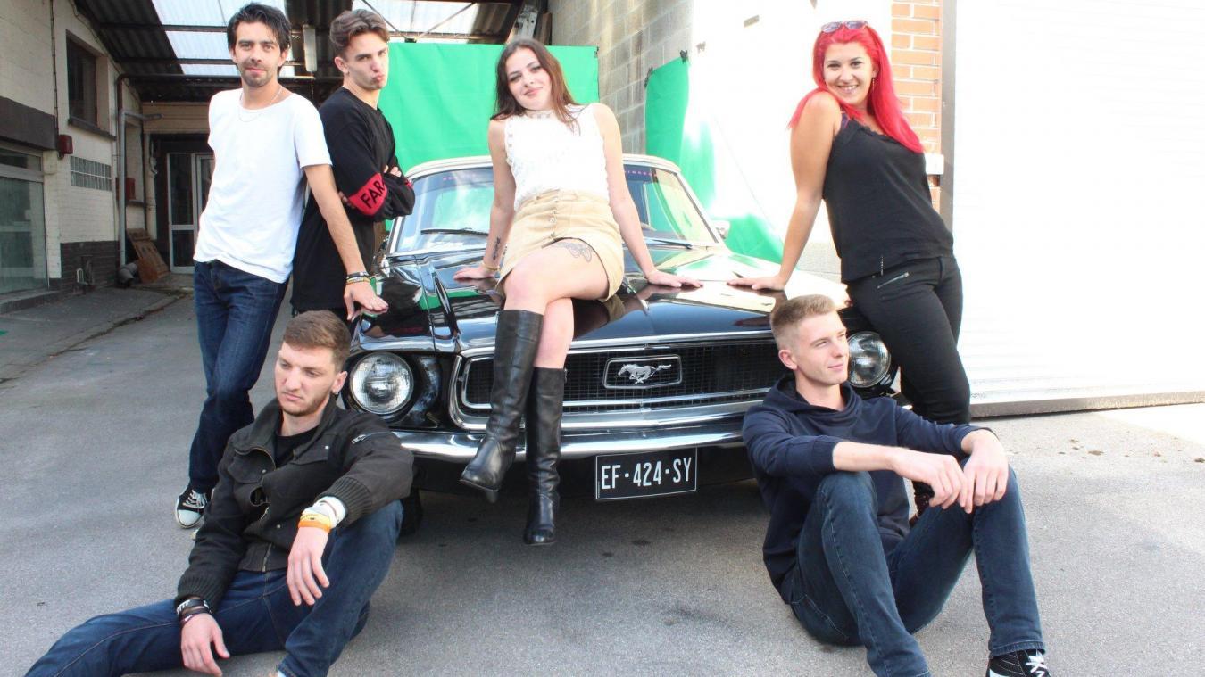 Les aventures des Spécimen Crew se déclinent dans une web série.