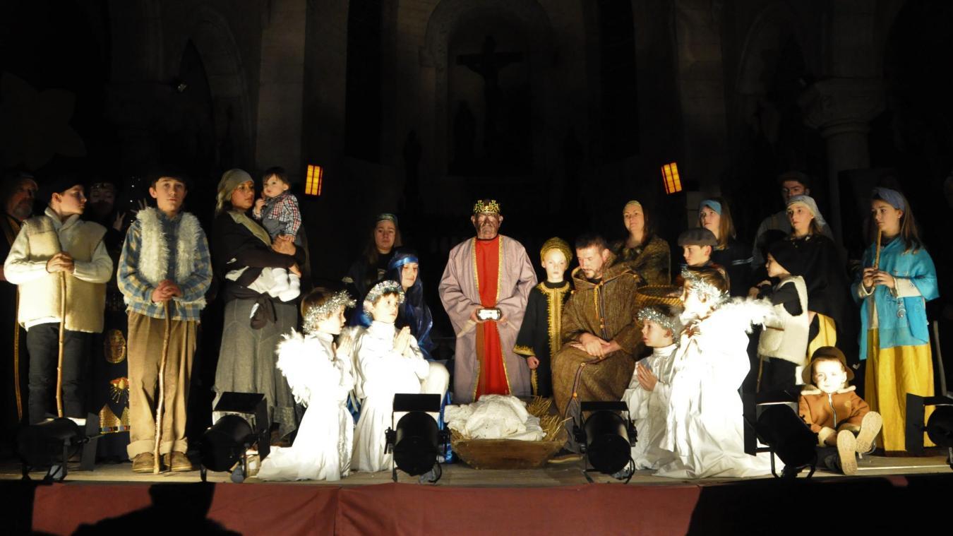 Le public est venu très nombreux admirer cette scène de la Nativité grandeur nature.