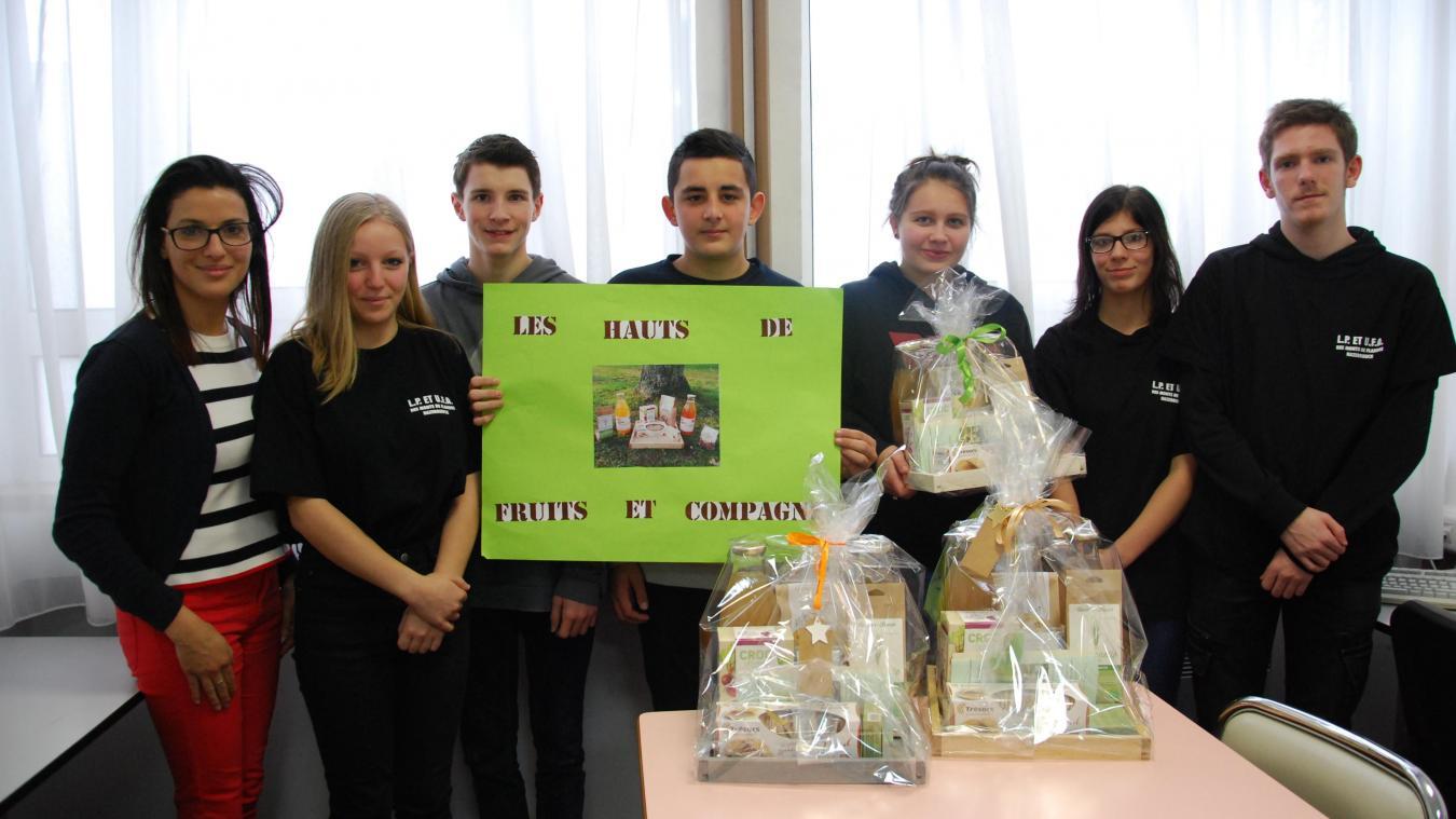 Les 13 élèves de 1 ere  Co 2 ont tous un rôle précis dans le fonctionnement de la mini-entreprise.