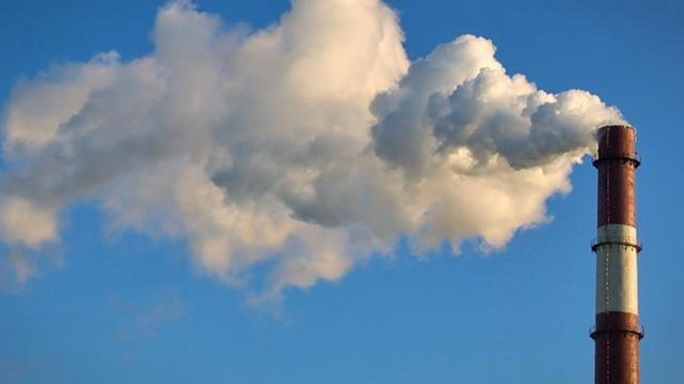 Aujourd'hui, la chaleur produite par les industriels est rejetée dans l'atmosphère.