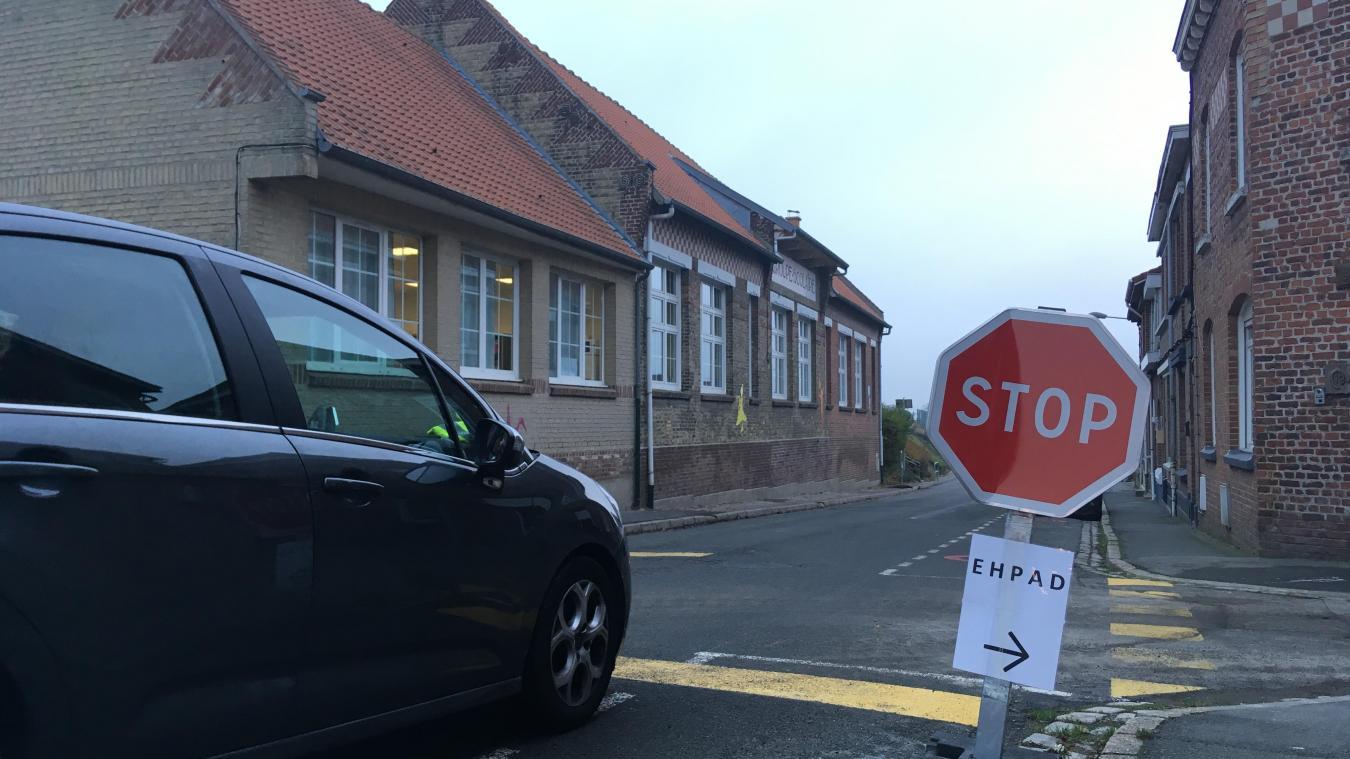 Le stop provisoire installé rue de l'Haeghe Doorne pourrait devenir défintif.