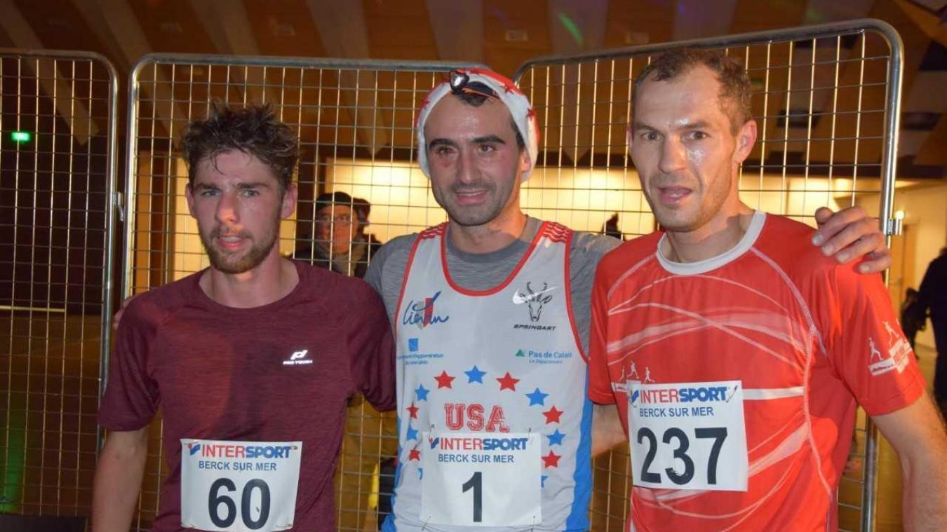 Les trois athlètes du podium : sans surprise Benoît Ramet, l'étaplois licencié à Liévin, remportait la compétition avec un dossard prémonitoire, le numéro un.