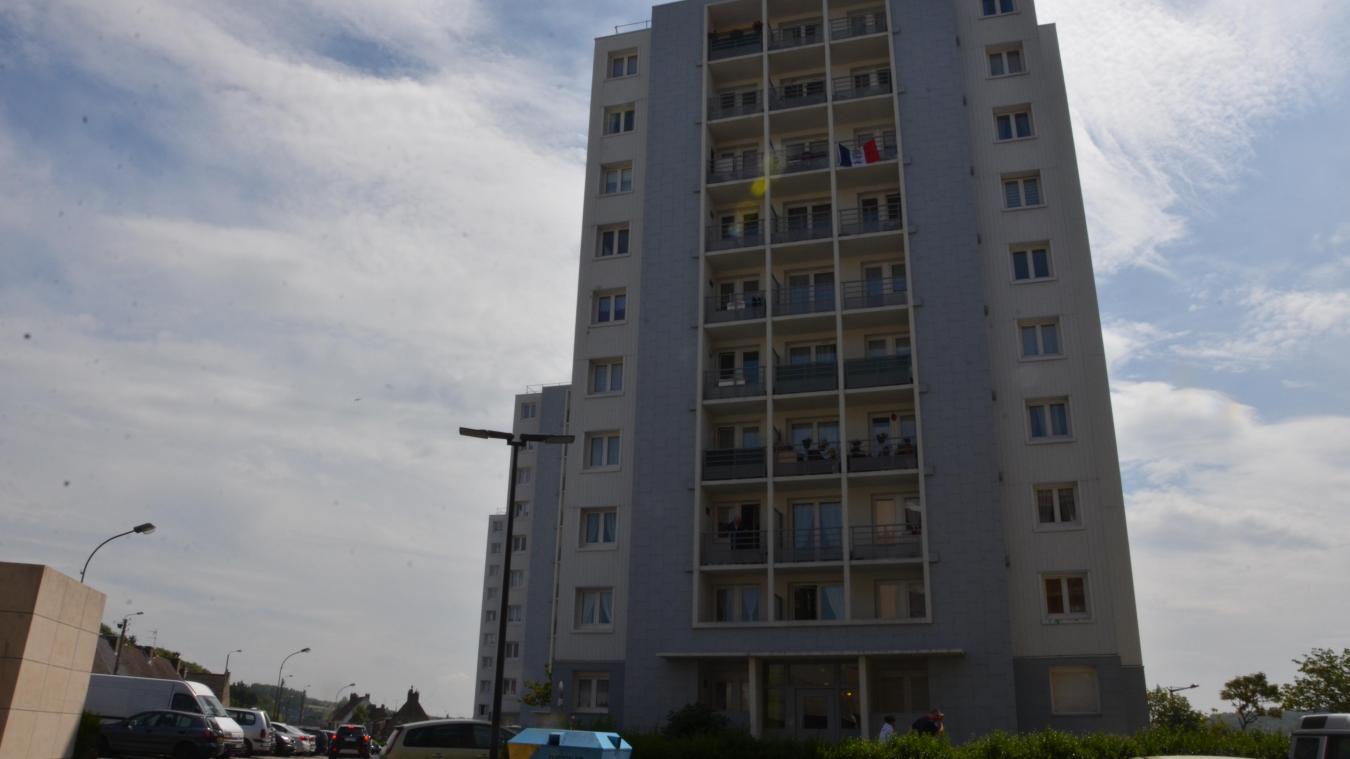 L'homme terrorise plusieurs habitants de l'immeuble. © Photo d'illustration