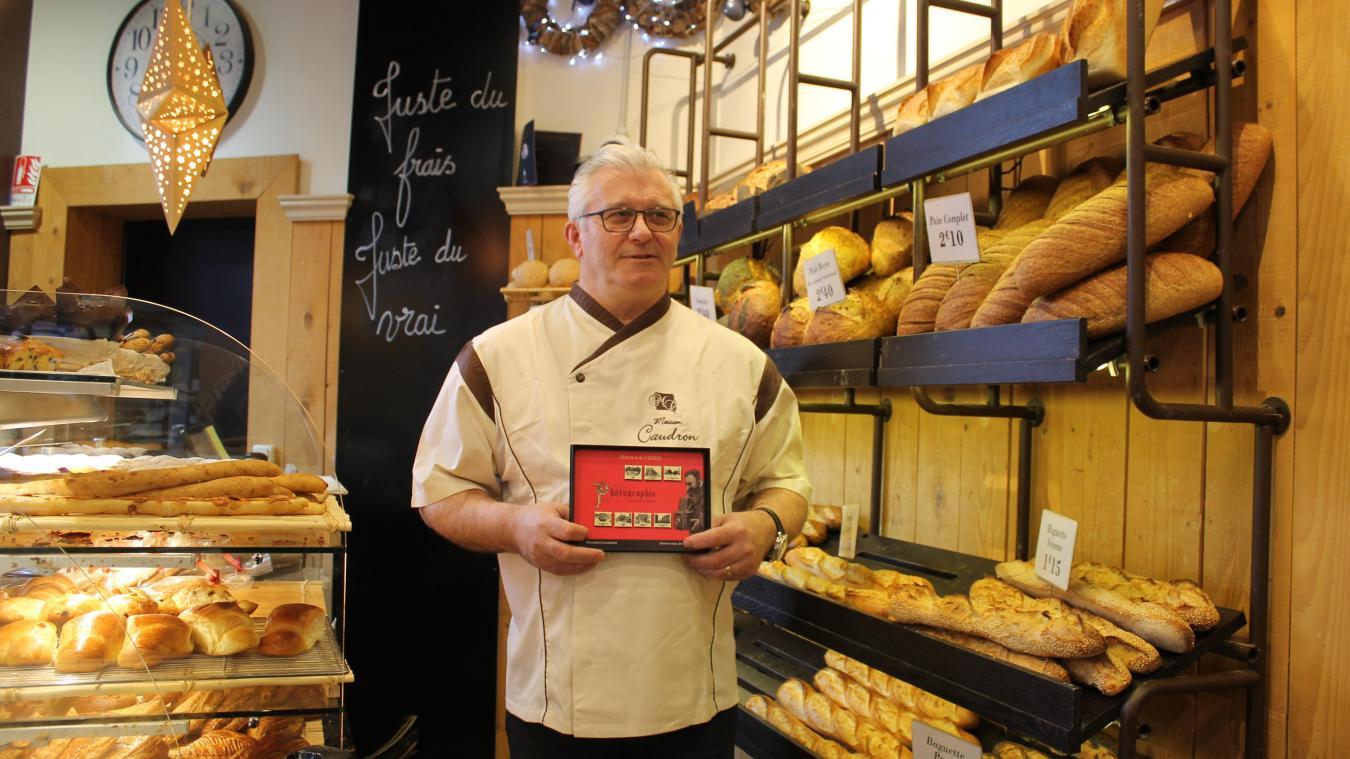Ludovic Caudron cachera une fève par galette, qui seront mises en vente dès le 3 janvier.
