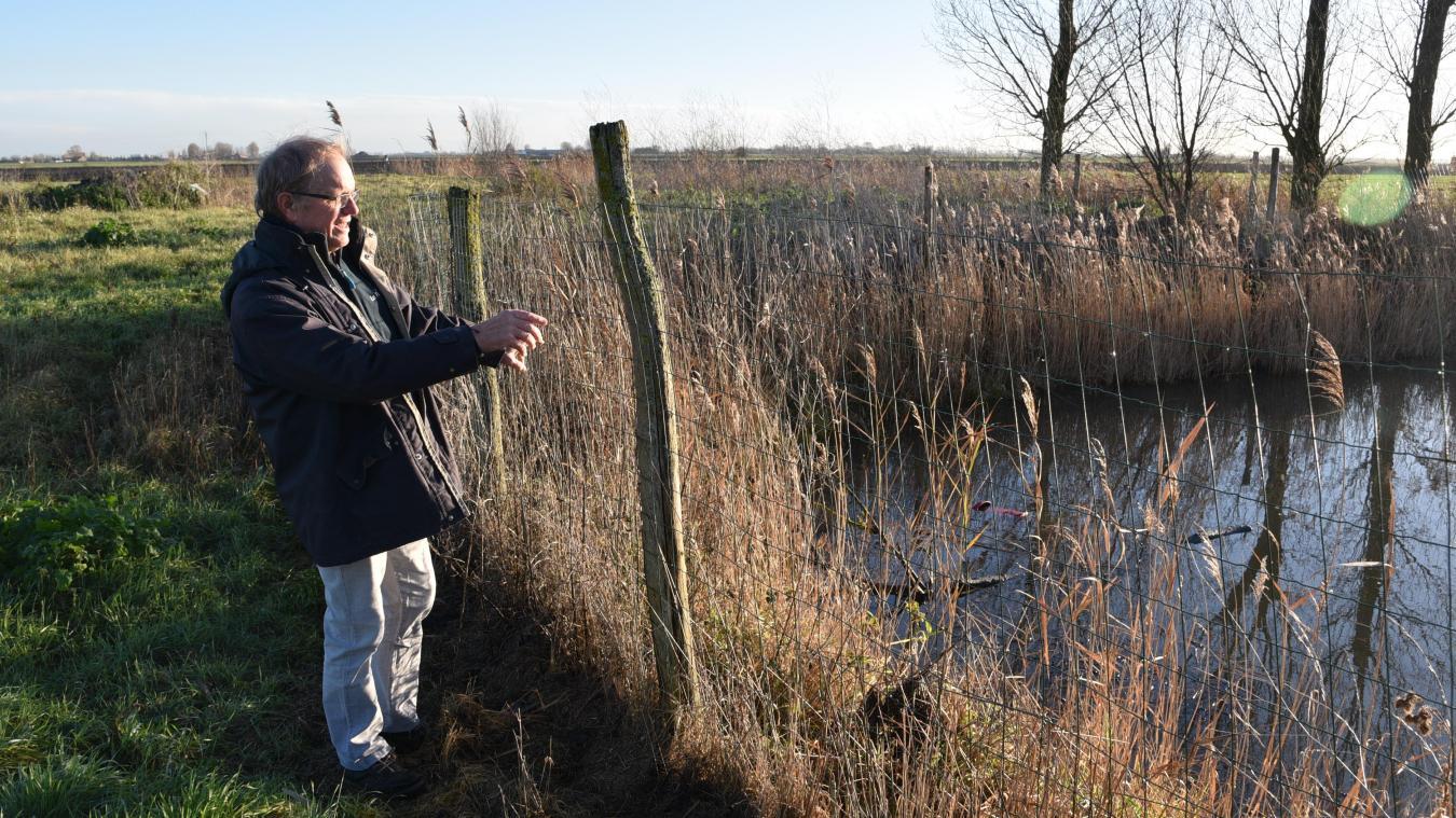 Pour Francis Vermersch, compenser les zones humides par des zones naturelles (une fois et demie plus grandes que la surface initiale) est « très grave » pour l'agriculture.