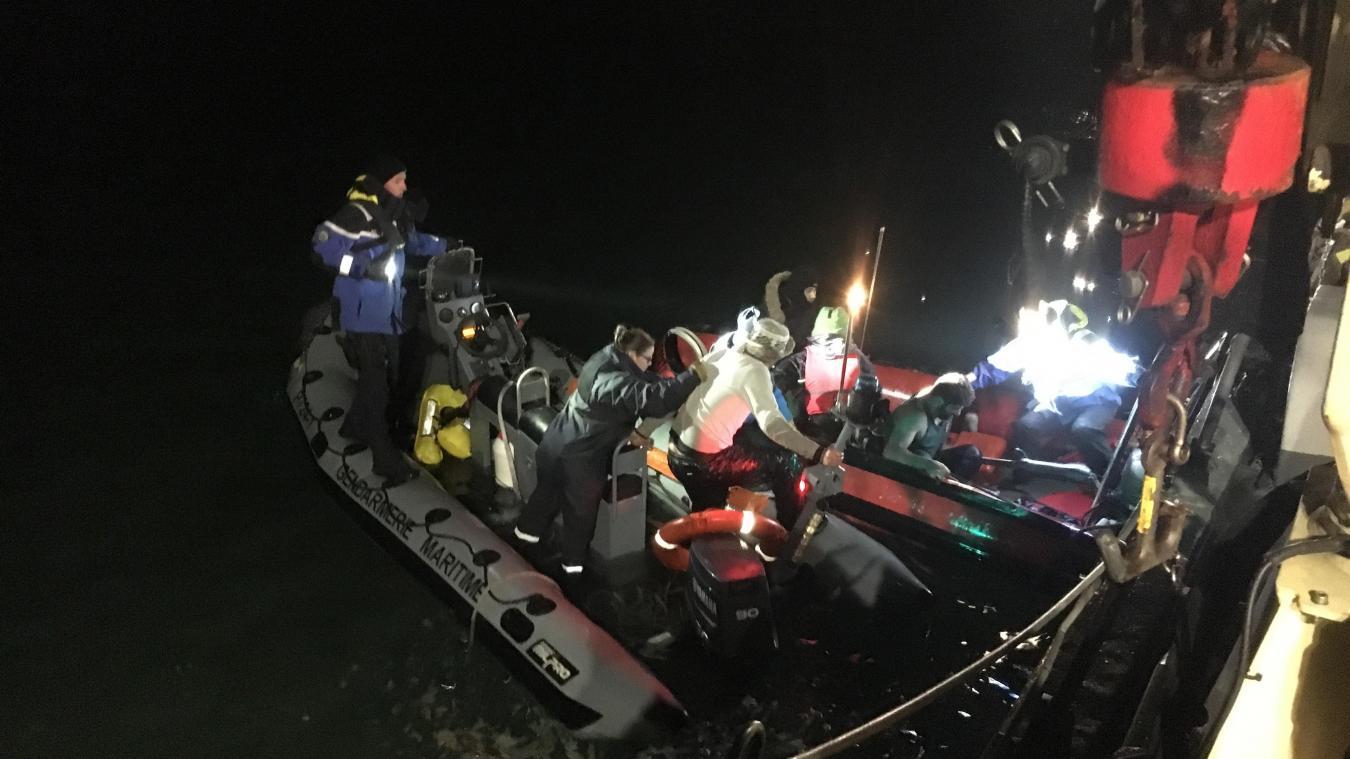 Cinq des onze migrants étaient en hypothermie (photo Gendarmerie maritime).