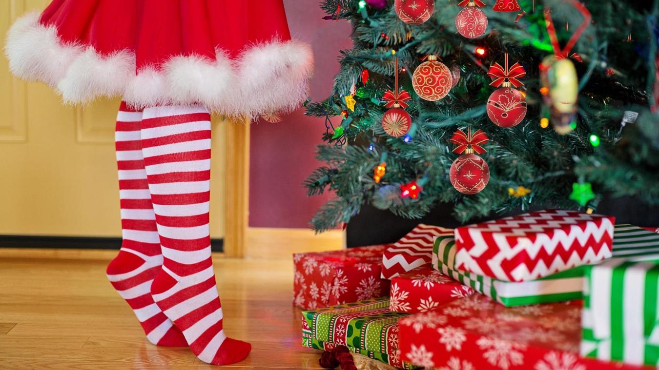Les individus auraient fracturé les voiture pour chercher des cadeaux de Noël.(Photo illustration - Pixabay)