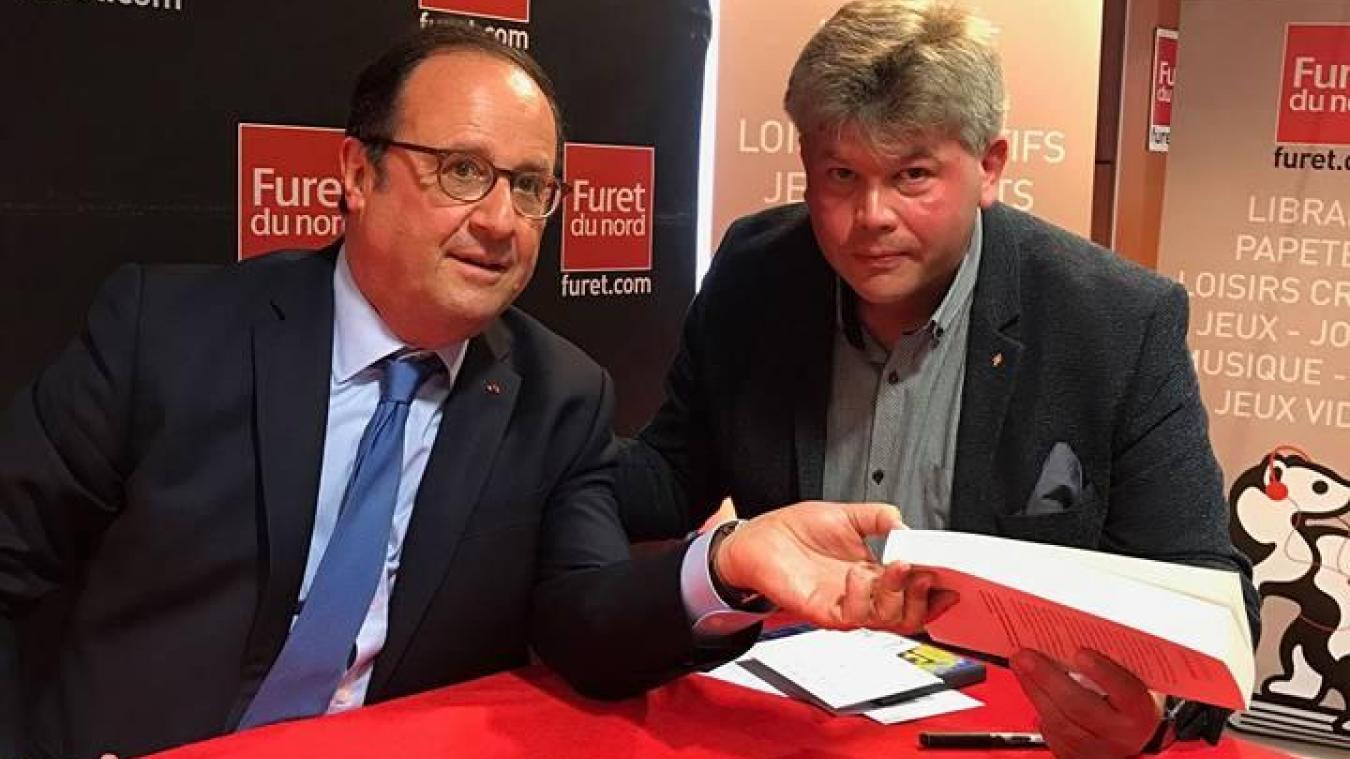 François Hollande et Arnaud Picque se sont rencontrés au Furet du Nord à Lille en juin dernier.