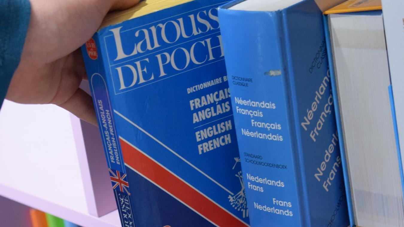Des ateliers de découverte de l'anglais et du néerlandais sont proposés aux élèves de primaire de la commune. Ils sont animés par la Maison de l'Europe.