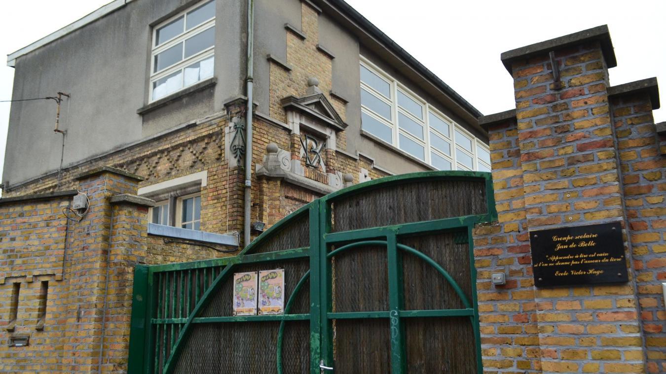 Dans le cadre du proje de regroupement du groupe scolaire Jan de Belle, porté par la mairie de Bailleul, les locaux de l'école Victor-Hugo seraient disponibles et pourraient accueillir une résidence senior.