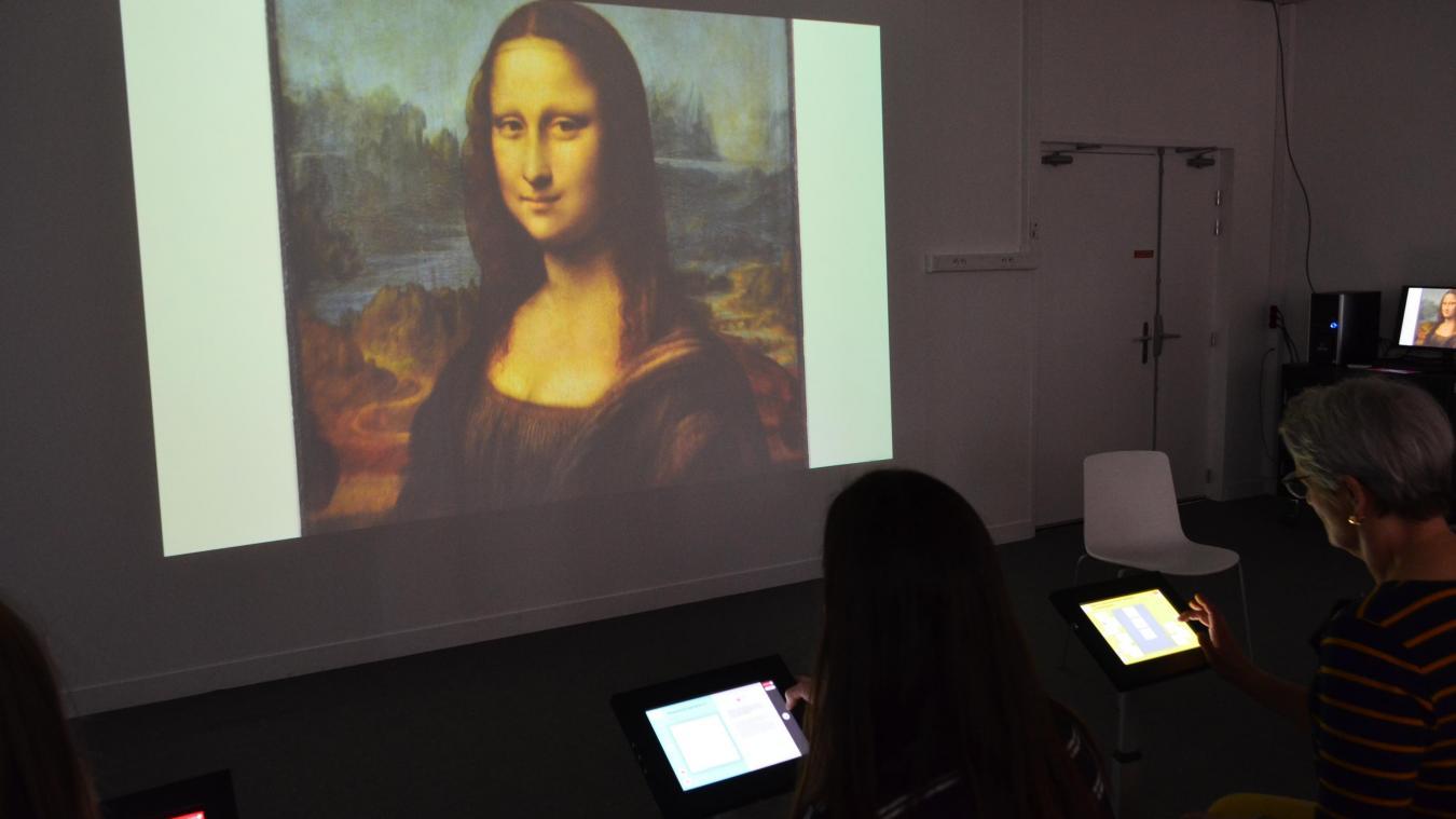 Les oeuvres, exposées dans de grands musées français comme la Joconde au Louvre, sera accessible via le musée numérique de la micro-folie.