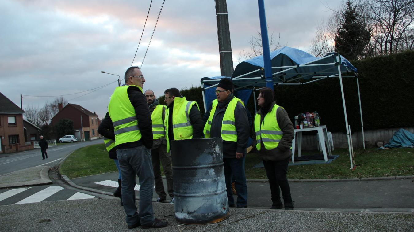 Une dizaine de Gilets jaunes étaient présents mardi 8 janvier. Le groupe compte une vingtaine de membres selon son référent.