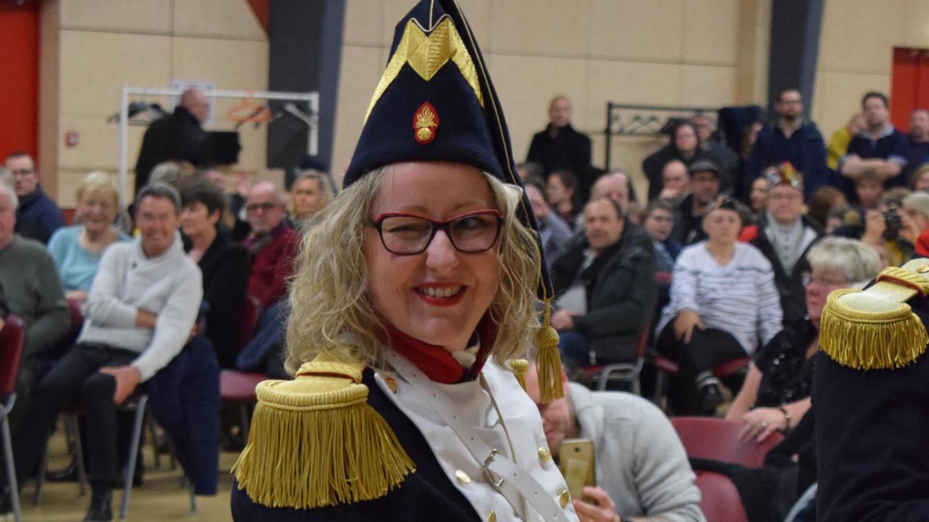 Valérie Hibon, alias Val, extrêmement honorée et fière de porter ce costume de cantinière.