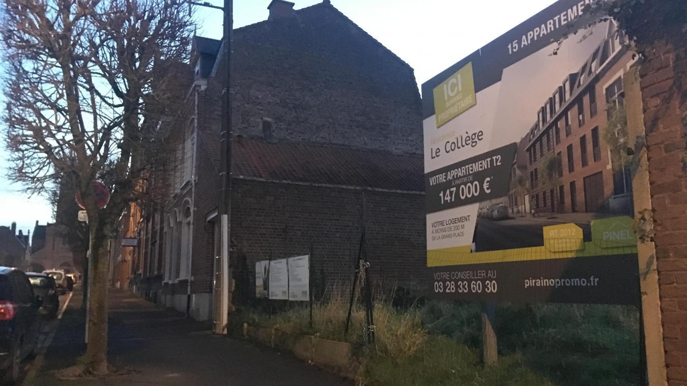 Rue du Collège, un projet immobilier de 15 appartements porté par le promoteur Piraino sortira de terre en septembre 2020.