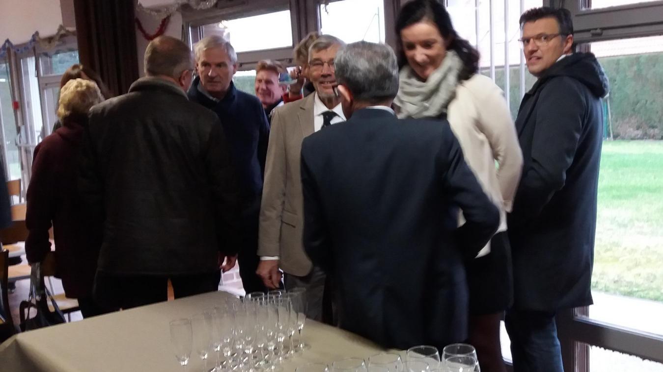 Les élus et leurs conjoints ont commencé la préparation la veille de la cérémonie.