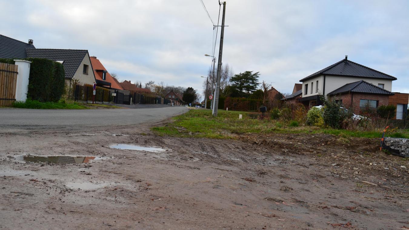 Les trottoirs seront réalisés dans cette rue Plouy, mais reste à savoir quand.