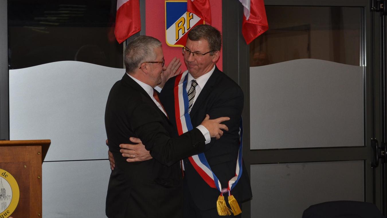 Une amitié sincère lie les deux hommes. Christophe Fiancette et Didier Depaeuw se connaissent depuis 35 ans. L'émotion était palpable au moment du passage de relais.